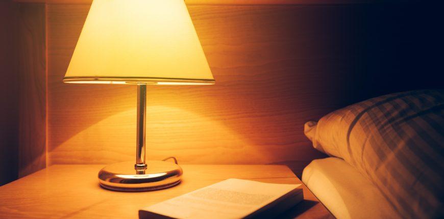 lampu yang baik untuk kamar tidur